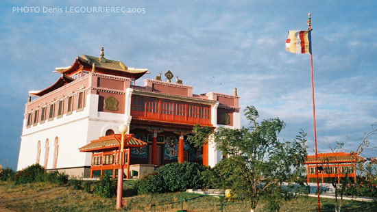 Elista buddhist temple