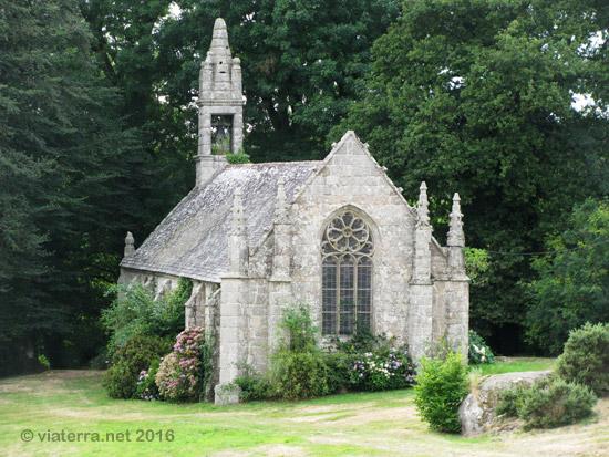 Photos de chapelles bretonnes La chapelle saint mesmin piscine
