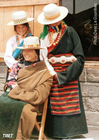 tibet traditional dress
