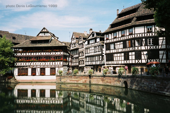 Strasbourg river houses