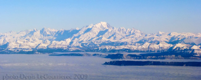 alpes mountains aerial photo