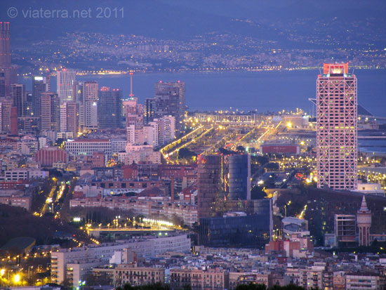 barcelona city by night